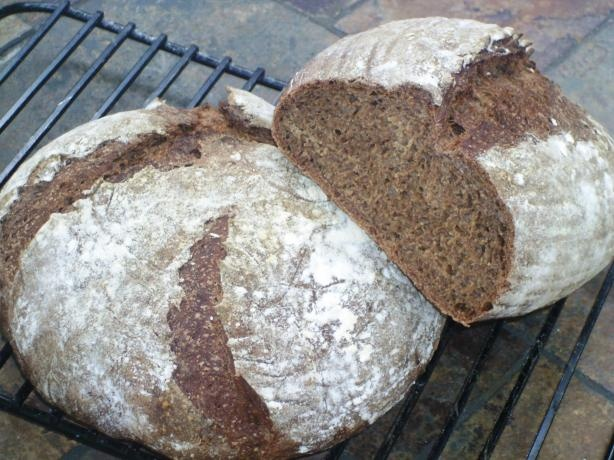 how to make pumpernickel rye bread