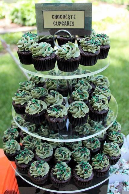 Cupcakes at a Hunting Party #huntingparty #cupcakes