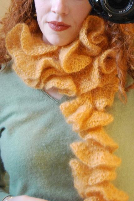 Mejores 210 imágenes de Snuggley Scarves en Pinterest | Tejidos de ...