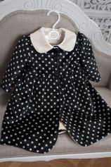 Polka dotted girl coat, made out of soft cotton velvet, from Petite Coco.