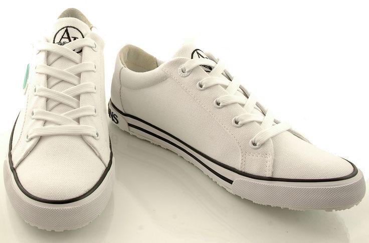 http://zebra-buty.pl/model/5289-trampki-armani-jeans-055a1-64-10-white-2051-094