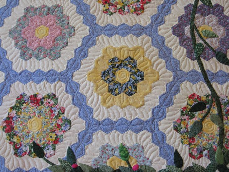 1000 Images About Grandmother 39 S Flower Garden Quilts On Pinterest Grandmothers Hexagons And