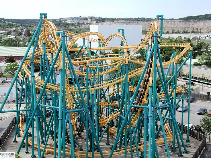 six flags over texas days open