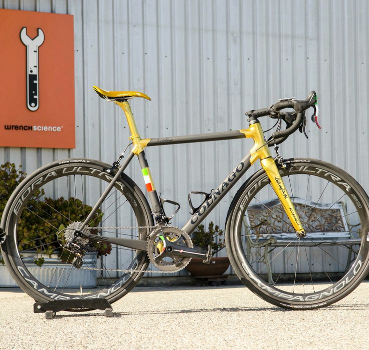 1071 best bike addicts images on pinterest bicycles bicycling and colnago c60 is gold and black full campagnolo super record 11 with bora ultra 50 voltagebd Image collections