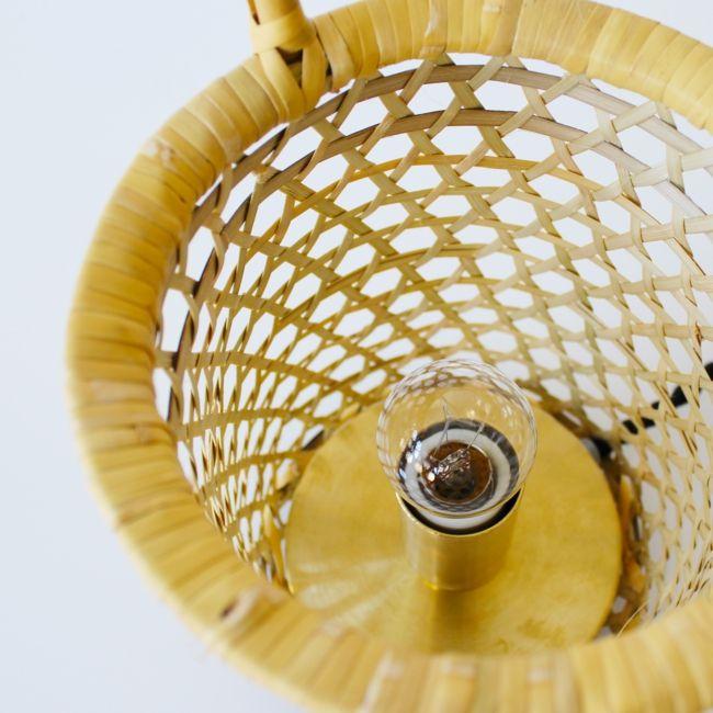 留蛍(とまりほたる) ・ サイズ:幅135 奥行135 高さ170(360)コード長さ1800 mm