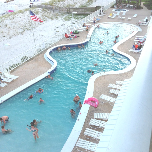 Pad pool