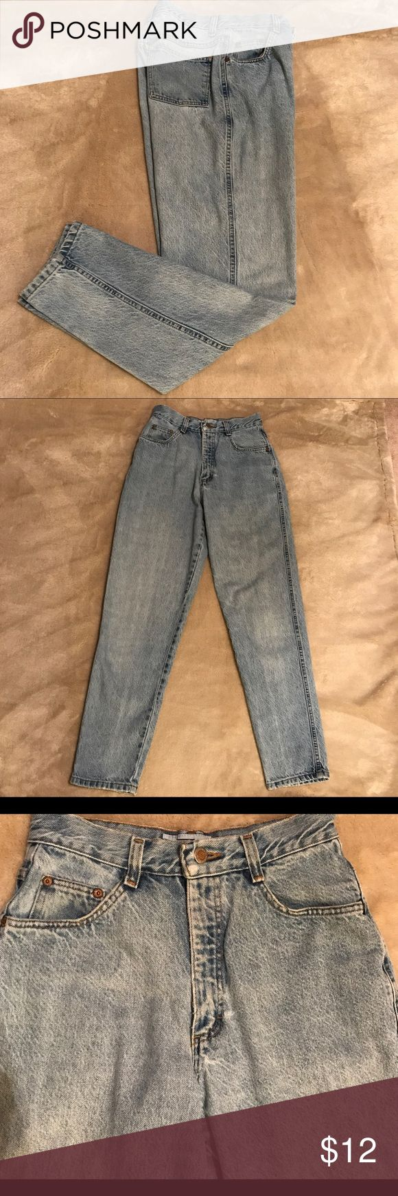 """Faded jeans 🇺🇸 Nicely faded,  distressed, broken-in classic cotton jeans with 2 pockets in front, two in back, front zip with metal button. High-waisted. Preowned with love and in good condition! Made in USA! 🇺🇸 Waist 12.5"""" Rise 12"""" Inseam 30"""" Nuovo County Seat Jeans Straight Leg"""