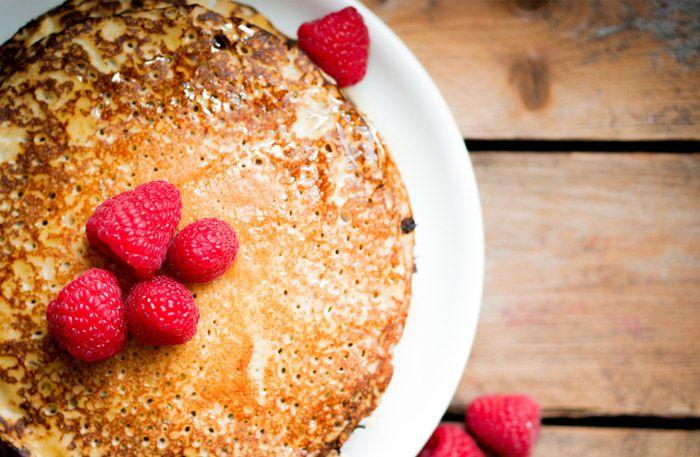 För dig som undviker mjöl, eller som bara vill ha lite mer protein i kosten: Här är receptet på proteinpannkakor du bara måste testa!