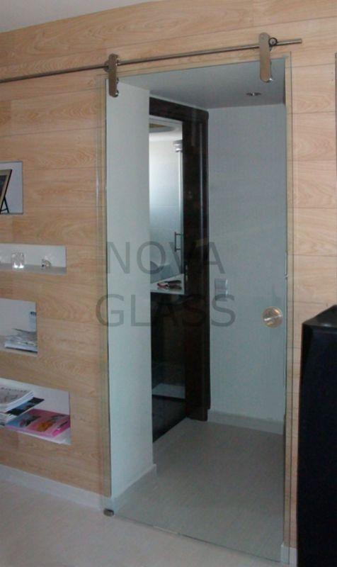 Συρόμενη γυάλινη πόρτα 10mm 80Χ200 διάφανη