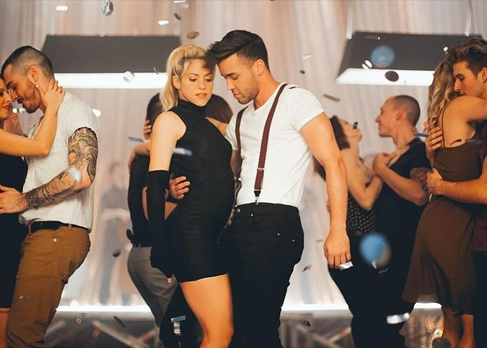 Shakira y Prince Royce MUY HOT un su sexy Deja vu (Video Musical) #EnElBrasero http://ift.tt/2n7alKd #dejavu #princeroyce #shakira