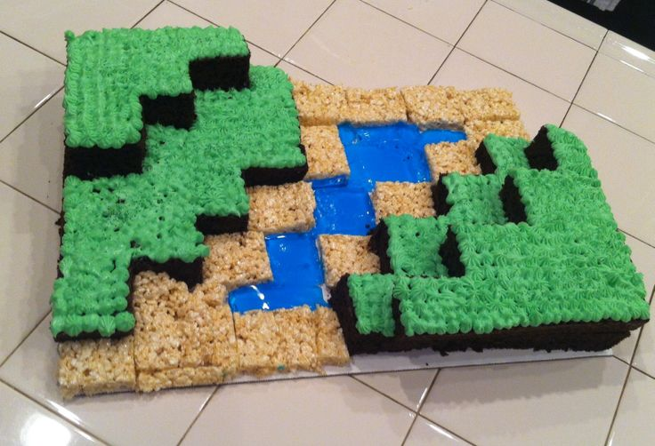 Mine craft cake!! So easy! My niece's amazing cake for her little brothers birthday!