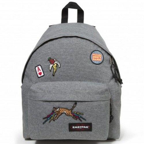 <h2>Le Padded est le modèle de sac à dos le plus célèbre de la marque Eastpak.Grey Patched 54o</h2><br /><p>Indestructible et inusable il est en outre très confortable. Compatible A4.</p>