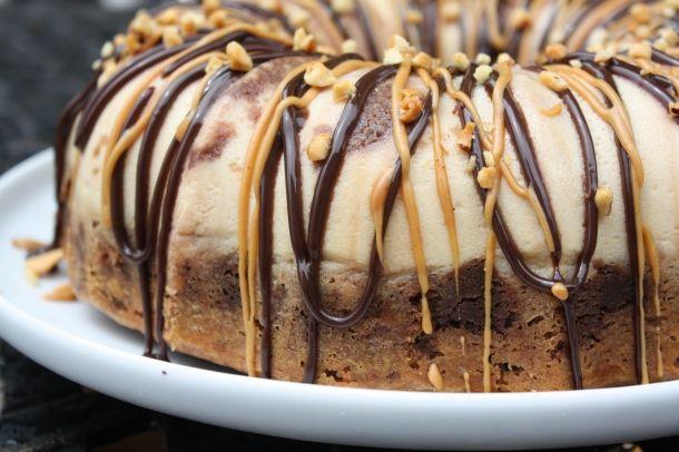 chocolate peanut butter flan cake.. Chocoflan