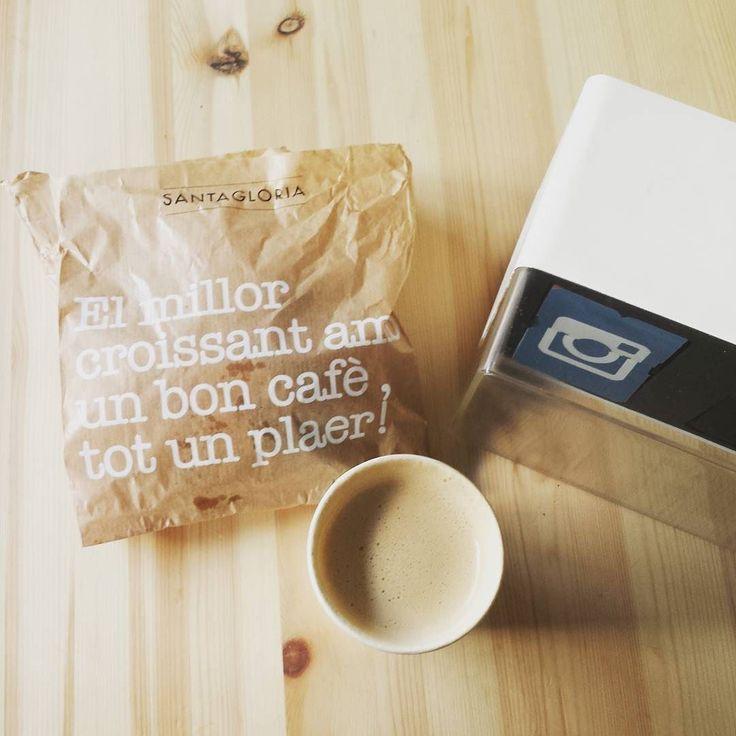 En Clex empezamos cada mañana con un buen cafè i un buen croissant del @santagloria_pan  Aunque echamos de menos algo: un contador Clex quedaría muy  en sus locales!   #PonUnClexEnTuVida  #Clex #social #socialmedia #socialmediamarketing #IoT #startuplife #optimism #sunny #catalunya #barcelona #Marketing #startup #instagood #socialmediatips #socialmediamarketing #foodiesbcn #socialmarketing #igersbarcelona #igersbcn #followme #happy #socialmarketing #igersbarcelona #igersbcn #Monday #food…