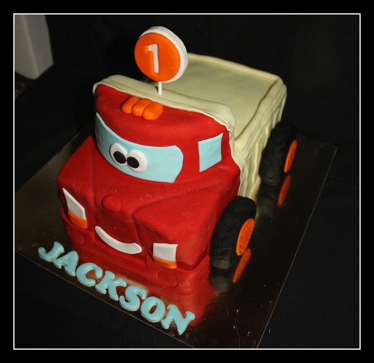 <3 Truck Cake - Chocolate Mudcake <3 Made By Decadent Cakes & Cupcakes