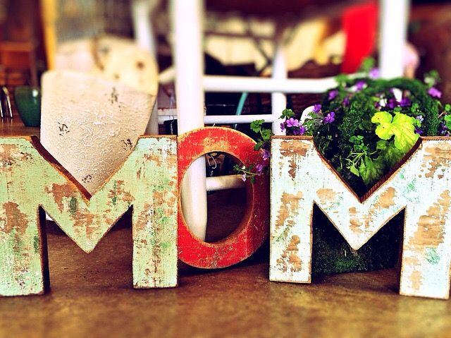 En este día de las madres, celebremos a la mejor de todas..