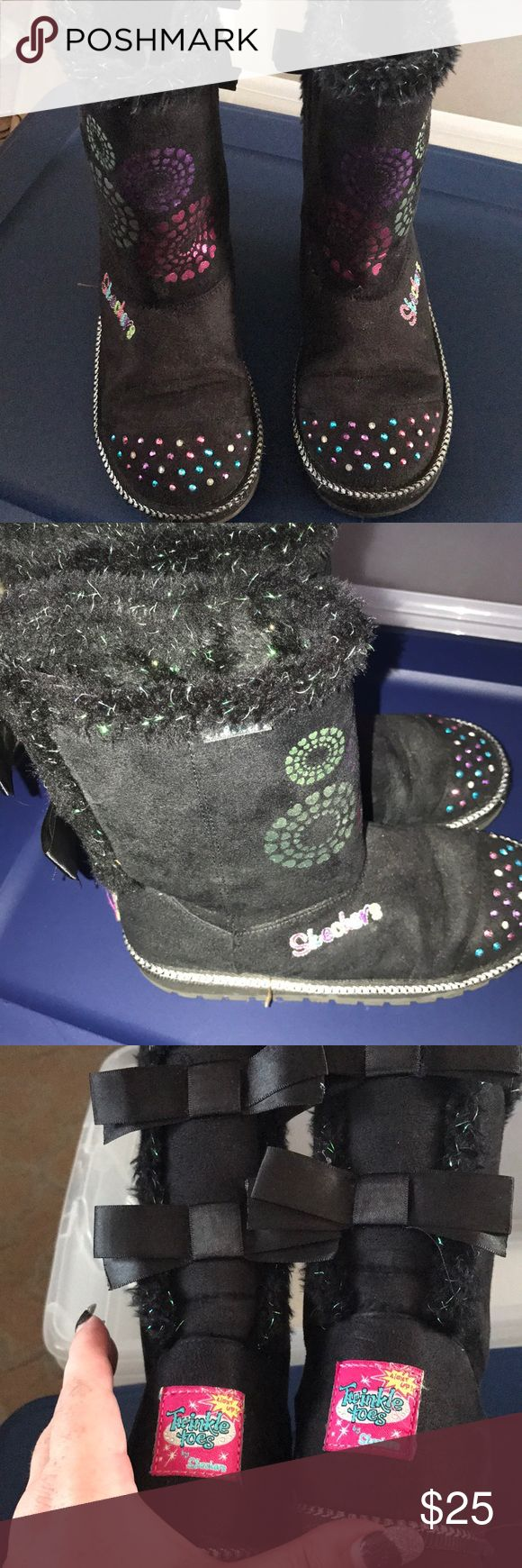 Skechers boots for girls Cute black Skechers boots for girls. In great condition. Unsure of size. Light up feature may not work Skechers Shoes Boots