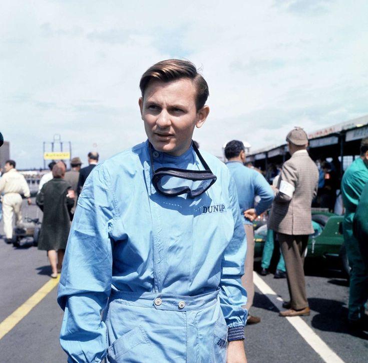 British GP Formula One motor race at Aintree Circuit. Bruce McLaren.21st July 1962