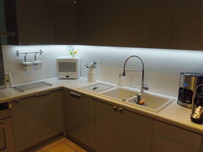 20 Regulier Des Photos De Bandeau Led Cuisine Kitchen Cupboard Handles Led Plan De Travail