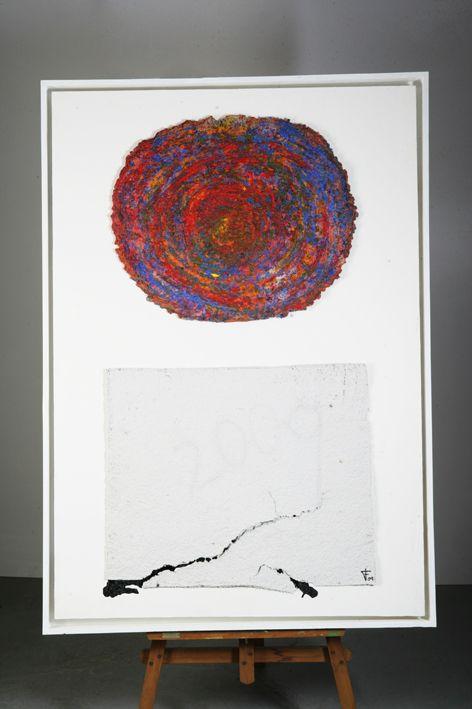 Papel, pintura y pigmentos sobre madera.  Autor: Frutos María.