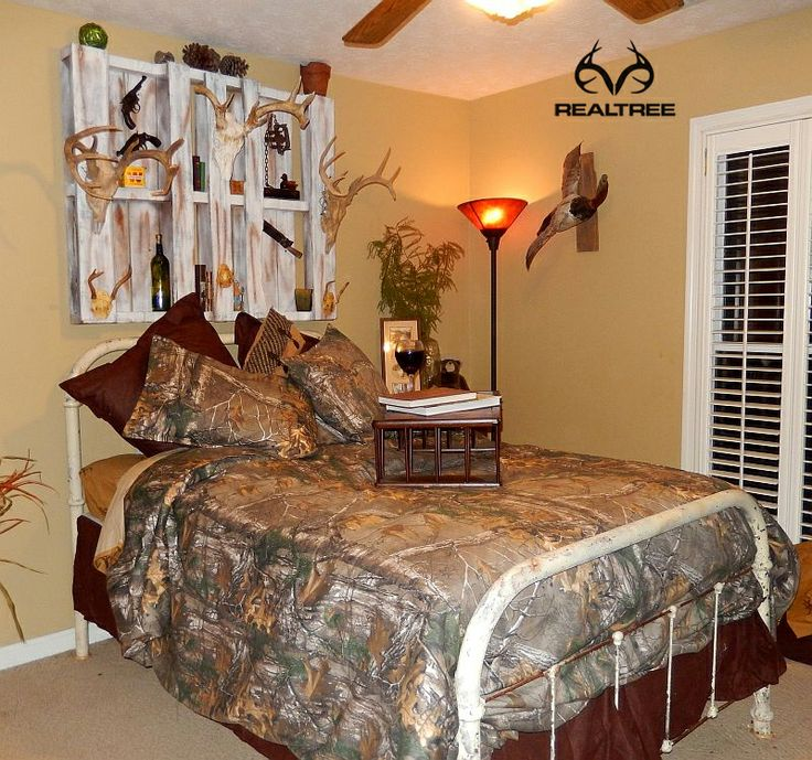 Personalize your bedroom with realtree xtra camo bedding for Camo bedroom ideas