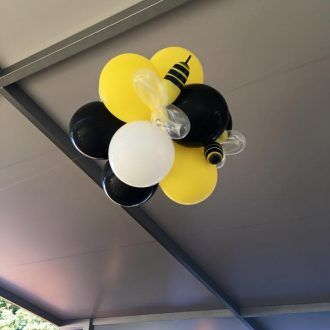 Hi guys, Super big 2 days for us with end of the year awards night balloon Decorating. Had a great afternoon decorating for the Scenic Rim Cheerleading and Dance. Awards night at the Veresdale Hotel. Balloon arch, Balloon Columns and Balloon topiaries in the Bumble bee colours yellow, black and white because the