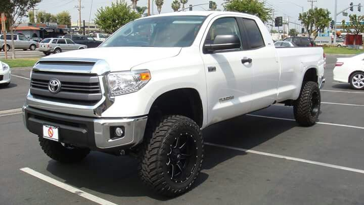 "2015 Toyota Tundra double cab long bed 7"" BDS lift with ..."