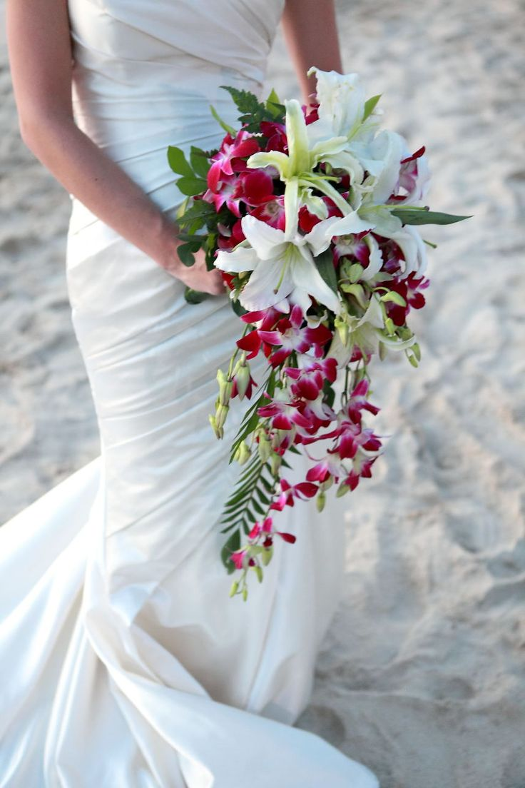 bridal bouquet I like this but i think if the orchids were blue it would be pretty