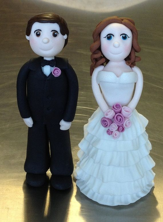Bride and Groom Cake Topper edible fondant icing
