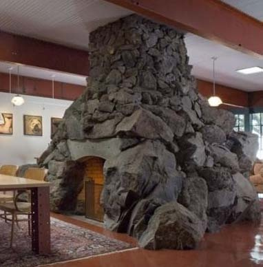 Rock n Roll Fireplace!Awesome Fireplaces, Stones Fireplaces, Rolls Fireplaces, Fireplaces Mantels, Living Room, Dreams House, Room Fireplaces, Awesome Stonework, Design