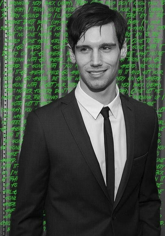The GORGEOUS Cory Michael Smith, aka Edward Nygma on the Fox TV show 'Gotham'