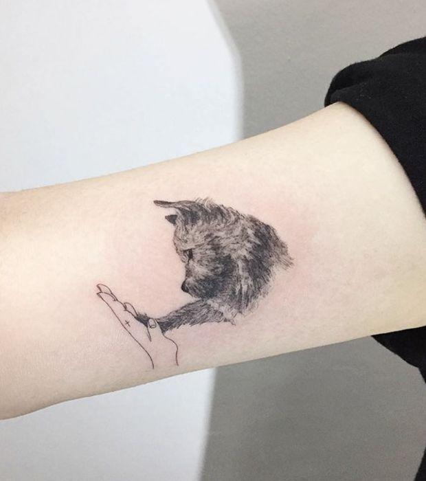 die 25 besten ideen zu hunde tattoos auf pinterest haustier tattoos pfotenabdruck tattoos. Black Bedroom Furniture Sets. Home Design Ideas