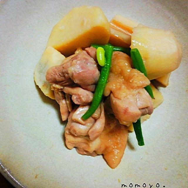 レンコンも入ってたー(^ー^) - 12件のもぐもぐ - 里芋と鶏肉の煮物。 by Momoyo