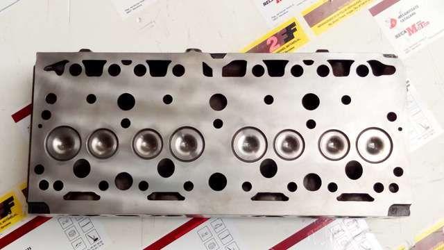 . Profesional del ramo del motor dispone de recambios nuevos para motores Perkins. ...... Para perkins 4/203 4*203 4-203 4.203 motores de 4 cilindros y 3330 cc montado en MF158 E60 E35 CAPEADO MF155 50-5D ...... Culata nueva armada con v�lvulas y muelles por ## 585,00 � ## ..... Consulta otras ofertas de juntas, pistones, cojinetes, v�lvulas, tapetas, etc ......