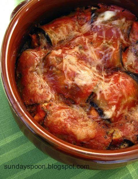 Ρολάκια μελιτζάνας με λιαστή ντομάτα και φέτα • sundayspoon