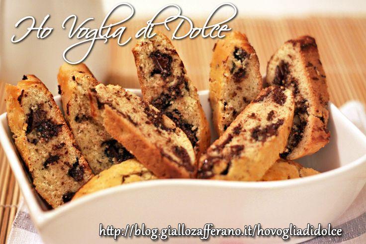 Biscotti da inzuppare nel latte e variante al cioccolato, ricetta speciale