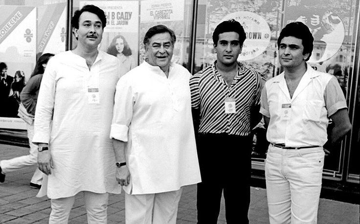 Raj Kapoor, Randhir Kapoor, Rishi Kapoor e Rajiv Kapoor