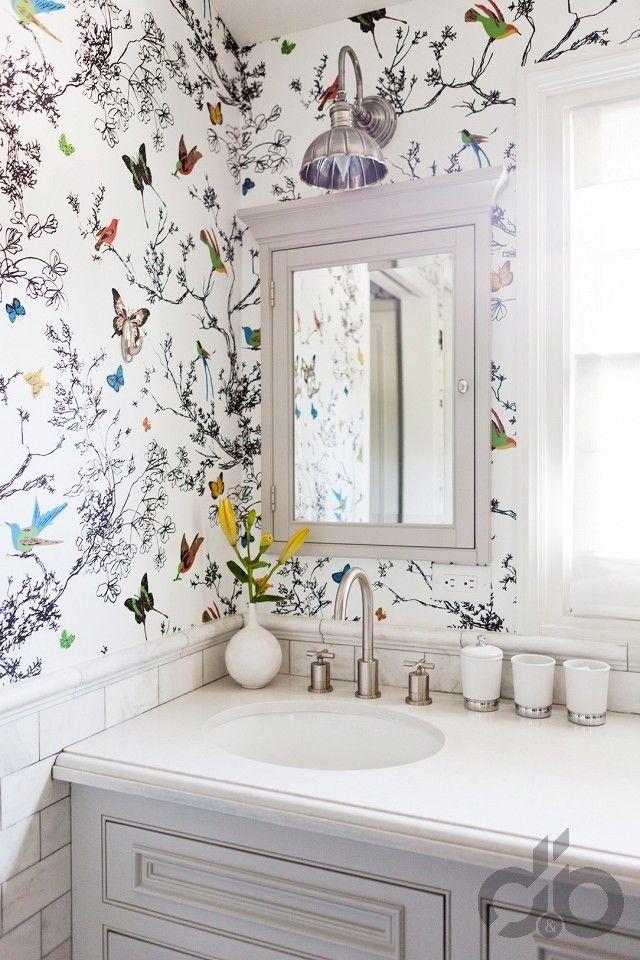açık renk ferah çiçek desenli duvar kağıdı