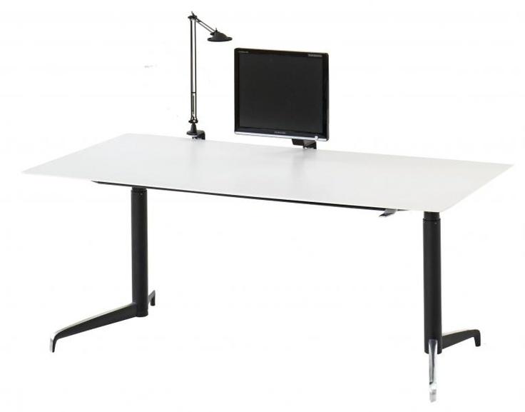 Hæve Sænke Borde fra Holmris i Dansk design. #kontormøbler