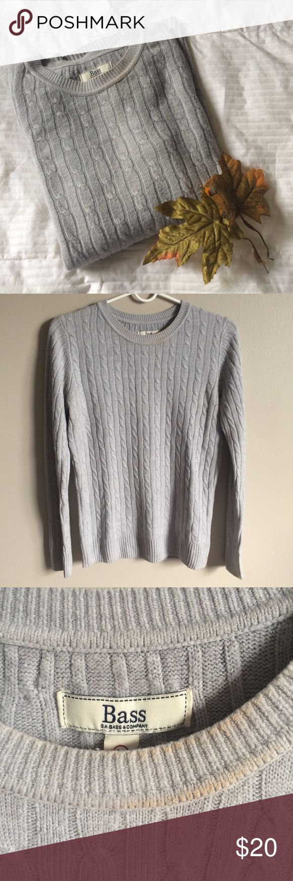 🆕🍂 GH Bass Grey Cable Knit Pullover Sweater Fall special! GH Bass grey cable knit sweater. Crew neck. Very warm and not itchy at all! Looks great with some skinny jeans and ankle boots. Slight discoloration on the collar (see pic 3), but otherwise in good condition. Size M. 100% acrylic. Machine wash warm gentle cycle. Tumble dry low. •Accepts reasonable offers •Ships within 1-2 days of purchase •Offers 10% bundling discount on all items Bass Sweaters Crew & Scoop Necks
