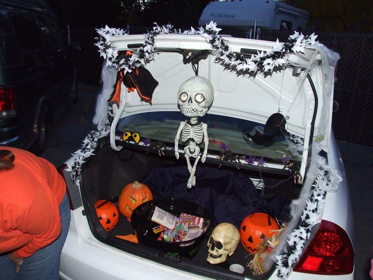 creative trunk or treat car decorating ideas