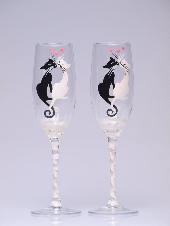 wedding glasses ; wedding flutes