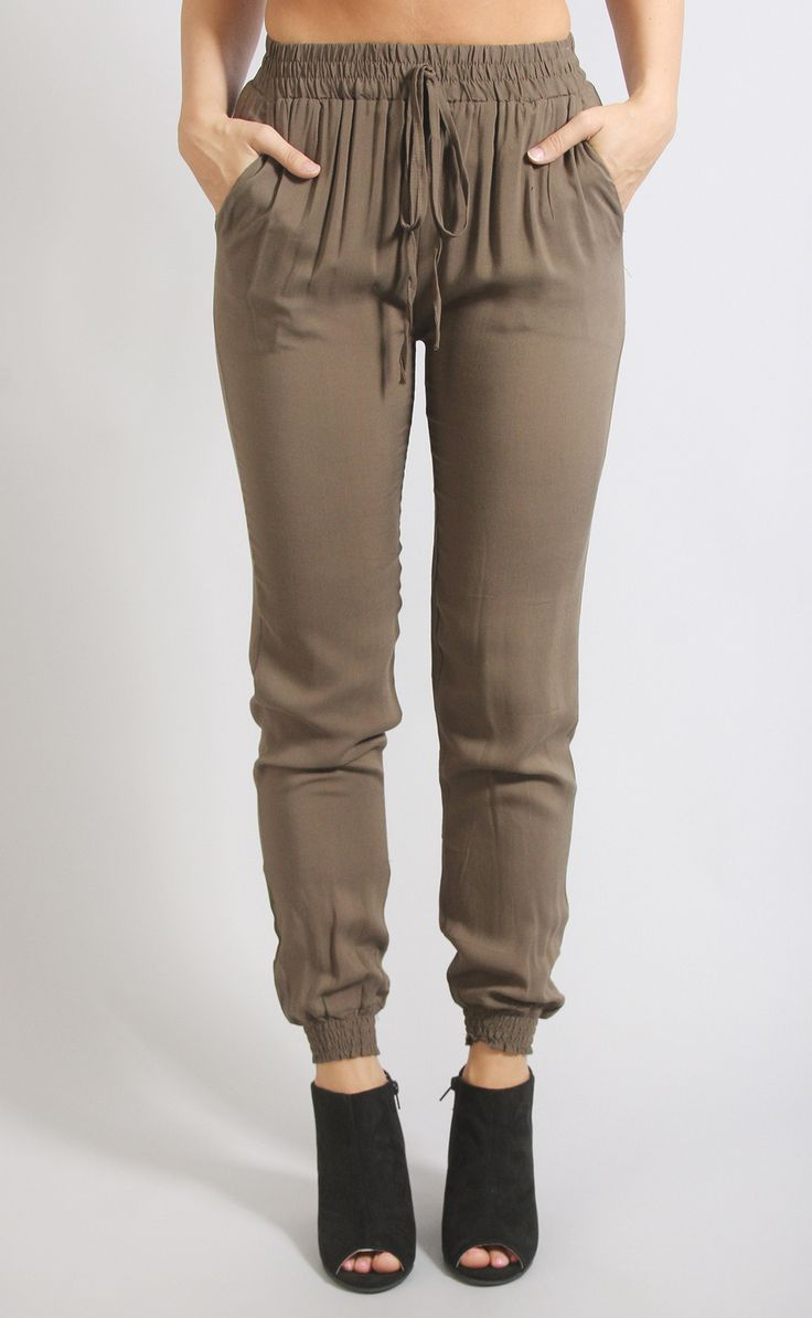 When comfort is  but you still wanna be trendy, these jogger pants are here for you. They feature a trendy jogger silhouette with an elastic waistband. They are made of the softest fabric and come in