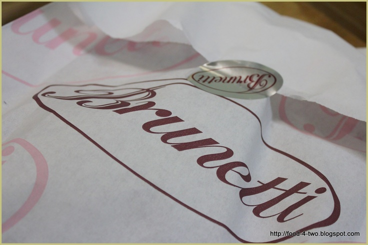 http://1.bp.blogspot.com/_rdvJjTBt8KE/S-6a0LWkb-I/AAAAAAAAA70/hd5NFpgADZA/s1600/Brunetti+05_10-1.jpg