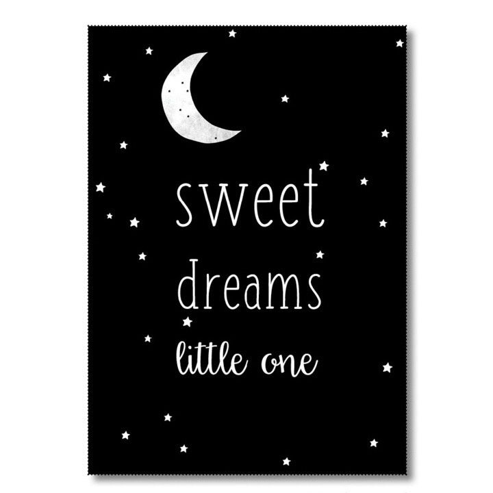 Kaart Sweet dreams little one Ansichtkaart met quote Sweet dreams little one. De kaart is geprint op dik kaartpapier met ruwe matte uitstraling.  Op de achterzijde is ruimte voor een adres en een persoonlijke boodschap. Leuk om te versturen, maar ook om op te hangen in een lijstje of met tape aan de muur!