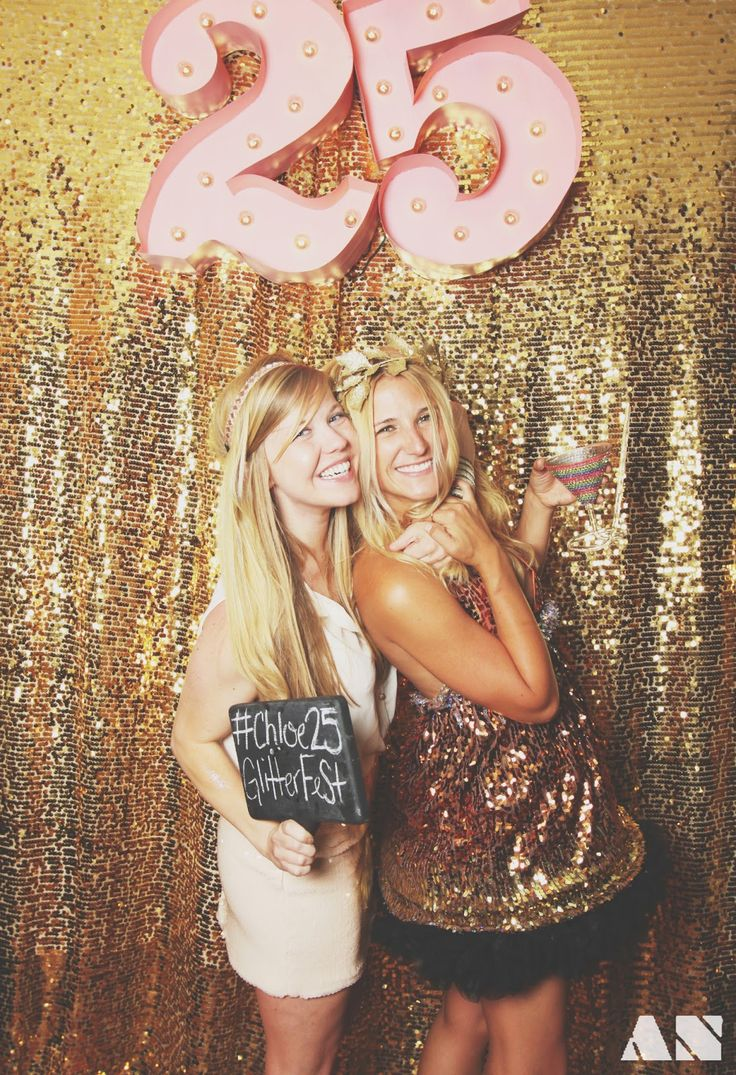 Glitterfest: A Glittery Golden 25th Birthday Party....how is it that I'm already turning 25!?!
