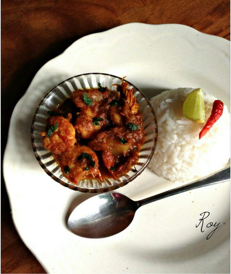 Chingri Maachher Kalia (Prawn/fish kalia - an authentic Bengali recipe)