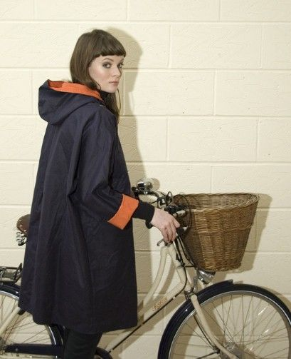 Waxed cotton waterproof cape by Kate Sheridan.... NEED!