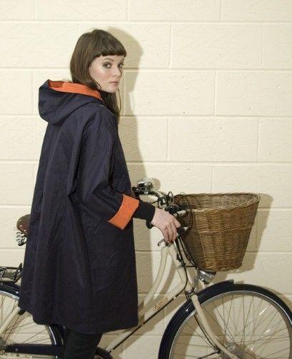 Waxed cotton waterproof cape by Kate Sheridan.... NEED!