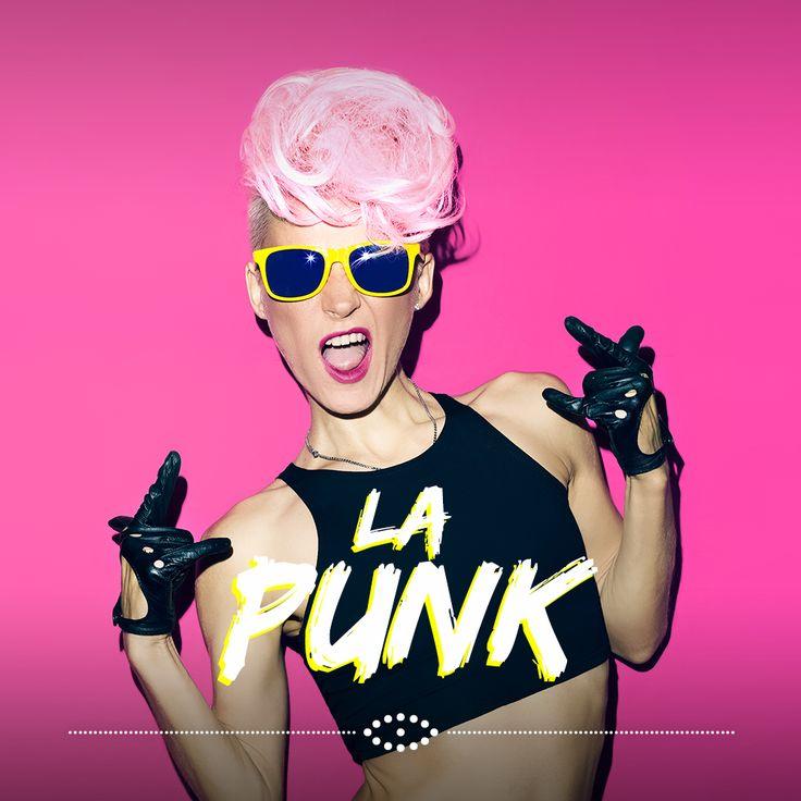 Il punk è un genere musicale derivante dal rock e caratterizzato dall'ostentata esibizione di forme di abbigliamento e di acconciature di capelli vistosamente eccentriche, connesse a ribellione ed anarchia. Occhiale prettamente scuro o dai colori eccentrici, con forme arrotondate.   #TipiDaOcchiali #SalmoiraghieVigano #occhi #eyes #occhialidasole #sunglasses #fashion #moda #ootd #punk